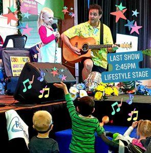 Children singing Ipswich Show